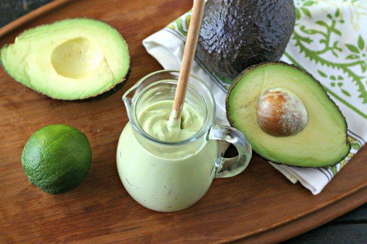 Чтобы авокадо дозрел быстро: 5 хитростей в помощь