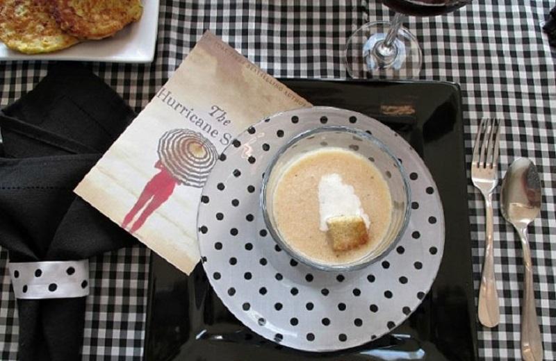 Зачем клеить ткань к обратной стороне тарелки
