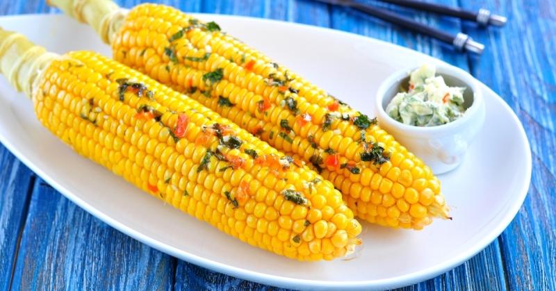 Миллионы людей готовят кукурузу неправильно: перестала ее варить, знаю рецепт получше