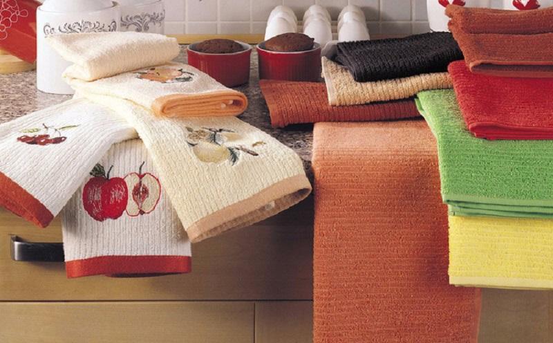 Больше не вывариваю! Как отстирать кухонные полотенца в микроволновке: лучший способ.
