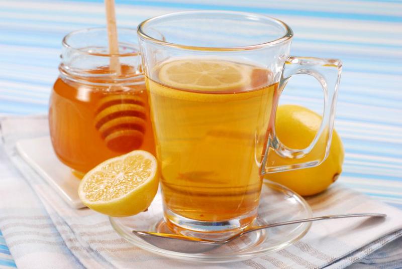 Для чего есть мёд перед сном: с организмом происходят удивительные вещи! Помогает даже в самых запущенных случаях.