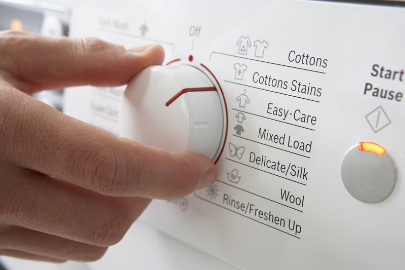 Дизайнер Стелла Маккартни призвала стирать реже или вовсе никогда. Мы в замешательстве…