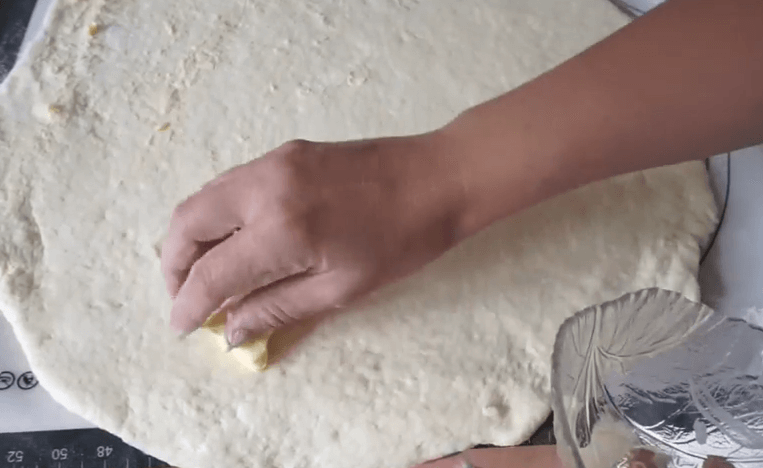 Булочки с корицей. Рецепты из дрожжевого и бездрожжевого теста в духовке