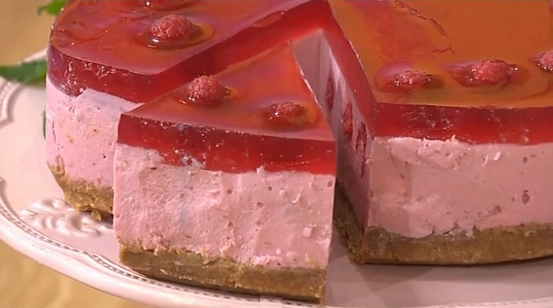 Творожно-малиновый десерт: творог даже не чувствуется!