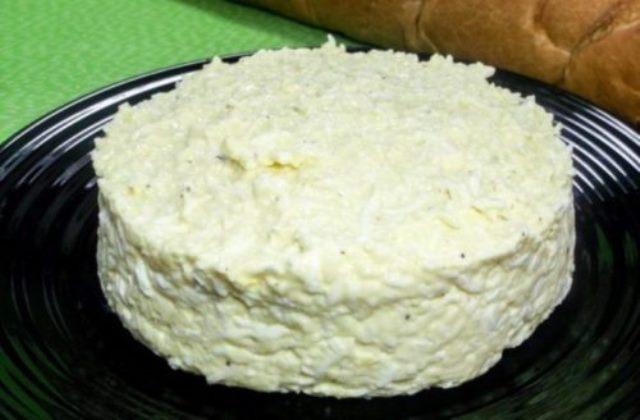 Этот «Еврейский салат» хранит 1 секрет внутри: попробовала и зажмурилась от удовольствия…